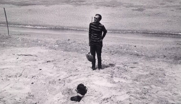 breakfastineurope:  Godard on the set of Pierrot Le Fou