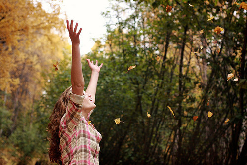 """""""Nada melhor do que ser fiel a vontade de Deus! Ahhh Liberdade!""""     Como é bom ser livre de todo o pecado que estava impregnado na minha carne, como é bom viver em comunhão contigo Jesus, como é bom ver o Senhor me conduzindo pros Teus caminhos, como é bom fazer e sentir a Tua vontade em tudo que eu faço. Obrigada Senhor por ter morrido por mim, e por ter me feito ressucitar de todo pecado junto Contigo. Tu és Senhor, digno de toda honra e glória, PARA SEMPRE!           (vontadesexpostas)"""