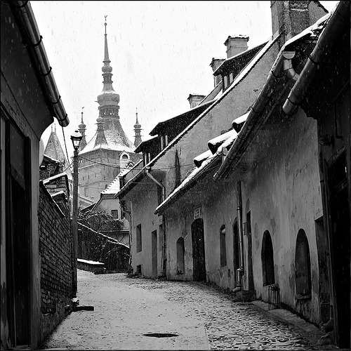 Snowing in the old tow- Sighisoara, Romania (by shao-nyi)