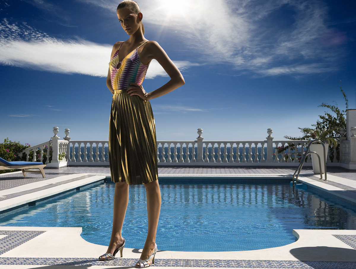 … golden skin at the pool in a tongue-in-cheek tribute to fake tan, editorial shooting for DV Mode.