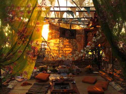 lots more bohemian tents at bohemian twilight