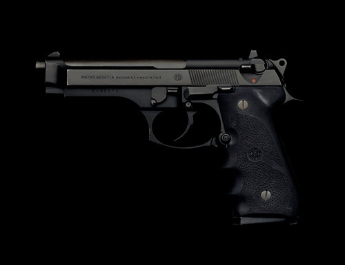 beretta 92 with a hogue grip. doing. it.