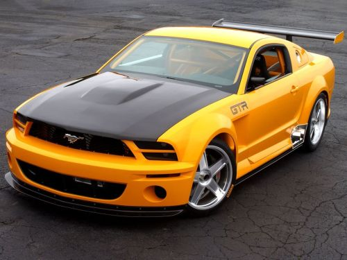 motoriginal:  Cracks the Pavement via Get Online Car 2005 Ford Mustang GT-R Concept