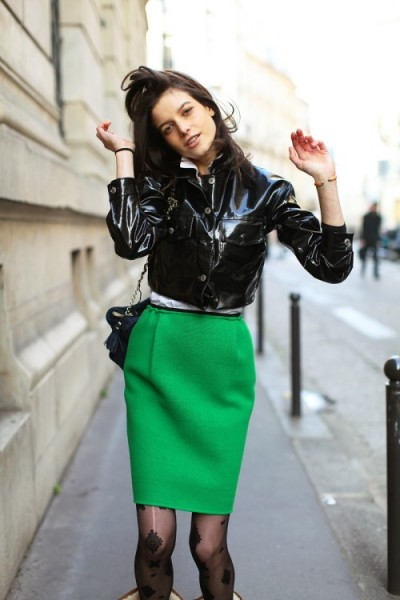 keen for green. love this outfit. love how structured it is and love the variance in texture. by the way, did i mention how chic and elegant long skirts are? yea.