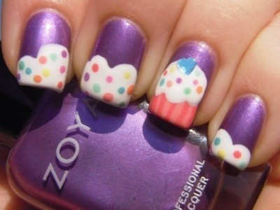 beautylish:  Such cute cupcake nails! Try it out yourself with this video tutorial!  (via we heart it)