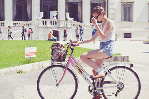 canibehonest:  I love bicycles and high waisted shorts.   OMG Me Too