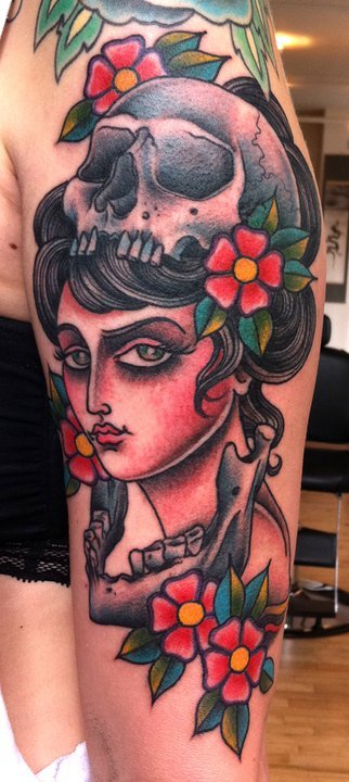 tattoosforpassionnotfashion:  done by sarah schor