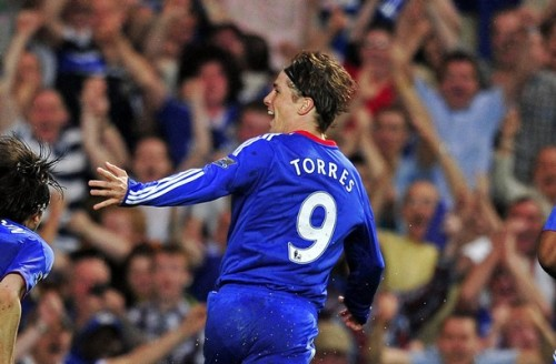 fuckyeahchelseafootballclub:  He was a Red, they were so proud, Torres Torres,They used to sing his name so loud, Torres Torres,He loved them till they robbed his house,But now he's Blue and hates the scouse,Fernando Torres Chelsea's number 9. He's now a Blue he was a red, Torres TorresHe hates the Kop but loves The Shed, Torres Torres,No longer needs to go and rob,'Cause now he's got a proper job,Fernando Torres Chelsea's number 9 …