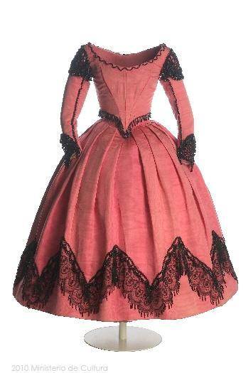 Dress for a teen (?), 1860's
