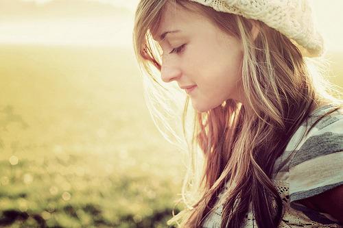 savitorazzi:  Nem tudo que se fala se sente, e nem tudo que se sente pode ser falado.