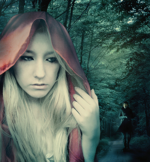 (via Little Red Riding Hood by ~VeroneKalynee on deviantART)
