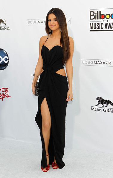 Selena Gomez 2011 Billboard Music Awards Arrivals
