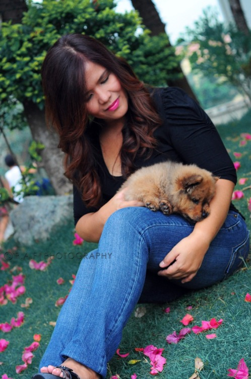 Nikon D5000(50mm) MUA: me :) phographer: me :) My tita with Chowder:D