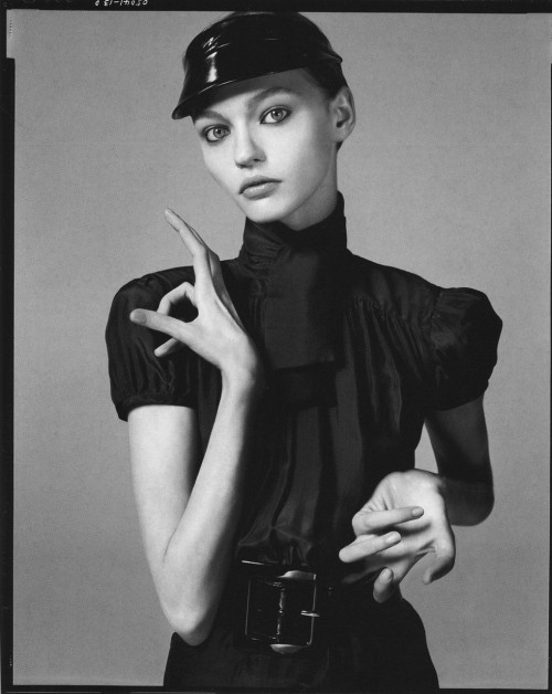 "Sasha Pivovarova by Steven Meisel for ""Future Perfect"", Vogue Italia December 2005. I dug up the entire ed here — lots of gorgeous shots of Sasha and Snejana Onopka too!"
