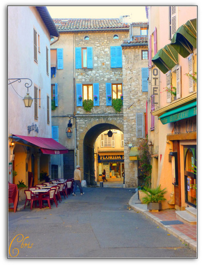 sunsurfer:  Side Street, Vence, Provence, France photo by chris230