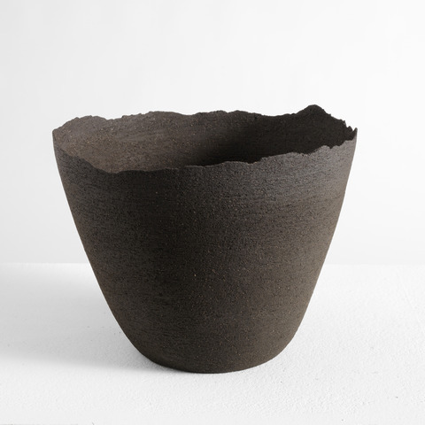 Virginie Besengez: Ceramic bowl
