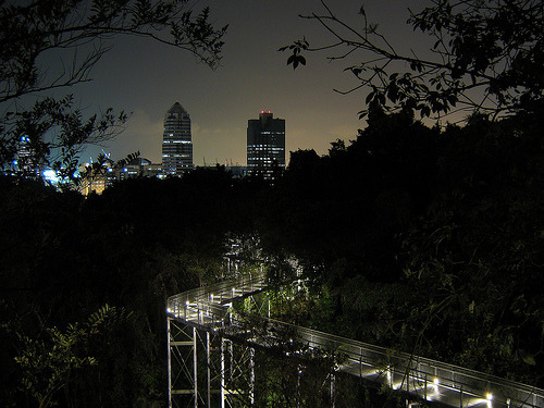jrenglish:  Telok Blangah Hill Park, Singapore (by yeowatzup)