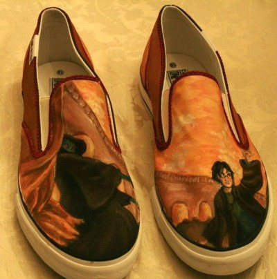 apoetbynight:  Custom Harry Potter Vans Slip-Ons found on etsy.