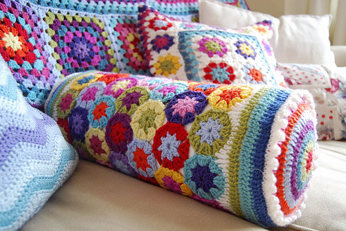 "umla:  daintyloops:  Rainbow Flower Crochet Bolster (by julia crossland)   5) {    sendMessage(""gtbTranslateLibReady"", {""gtbTranslateError"" : true});    return;  }  setTimeout(checkLibReady, 100);}gtbTranslateOnElementLoaded = function () {  lib = google.translate.TranslateService({});  sendMessage(""{EVT_LOADED}"", {}, []);  var data = document.getElementById(""gtbTranslateElementCode"");  data.addEventListener(""gtbTranslate"", onTranslateRequest, true);  data.addEventListener(""gtbTranslateCheckReady"", onCheckReady, true);  data.addEventListener(""gtbTranslateRevert"", onRevert, true);  checkLibReady();};function onCheckReady() {  var ready = lib.isAvailable();  sendMessage(""gtbTranslateLibReady"", {""gtbTranslateError"" : !ready});}function onTranslateRequest() {  var data = document.getElementById(""gtbTranslateElementCode"");  var orig = data.getAttribute(""gtbOriginalLang"");  var target = data.getAttribute(""gtbTargetLang"");  lib.translatePage(orig, target, onProgress);}function onProgress(progress, opt_finished, opt_error) {  sendMessage(""gtbTranslateOnProgress"", {""gtbTranslateProgress"" : progress,       ""gtbTranslateFinished"" : opt_finished, ""gtbTranslateError"" : opt_error});}function onRevert() {  lib.restore();}})(); (function(){var d=window,e=document;function f(b){var a=e.getElementsByTagName(""head"")[0];a