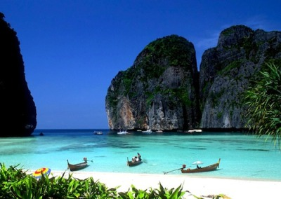Thailand is so pretty, I can't wait to go to the beaches!