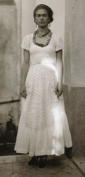 Frida Kahlo, 1929Photo by Guillermo Davila