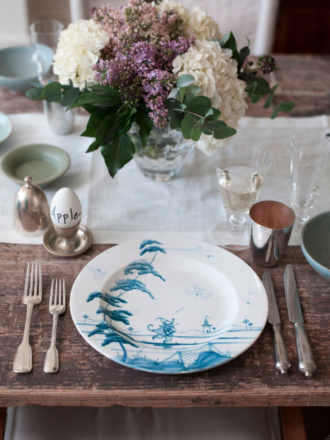 suziebeezie:  (via Tablescapes: Gwyneth Paltrow Easter Lunch in London : Remodelista)