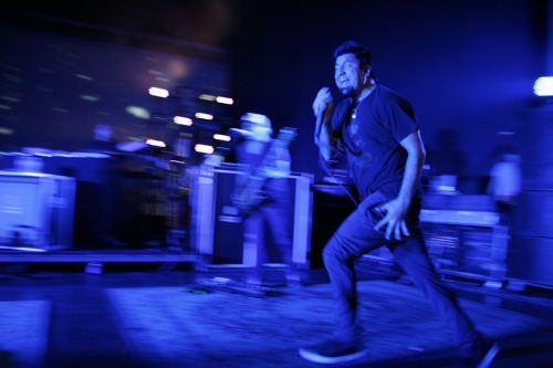 Chino was bookin' it across the stage… constantly. I tried panning because he was doing so much running.