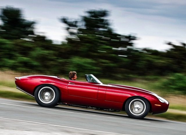 Jaguar E-Type Speedster Lightweight. An old-brand-new classic. It doesn't get any better than this.