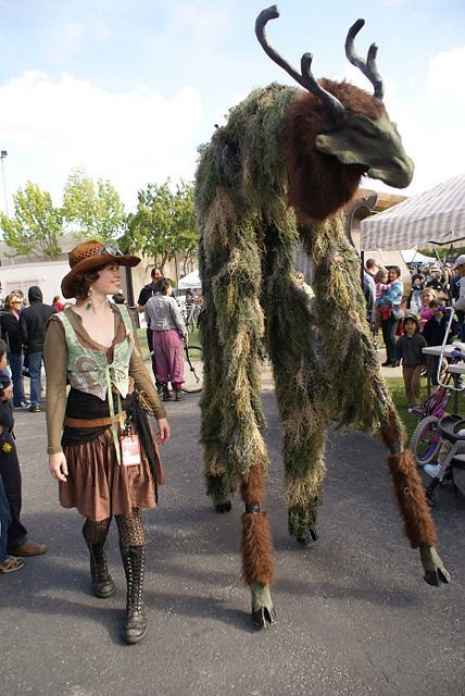 saw this at makerfaire. the movements were so fluid i thought it was a costume! (via Seabat Studios: Swamp Kirin)