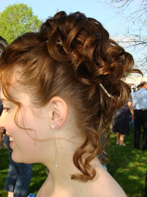 prom updo on Tumblr