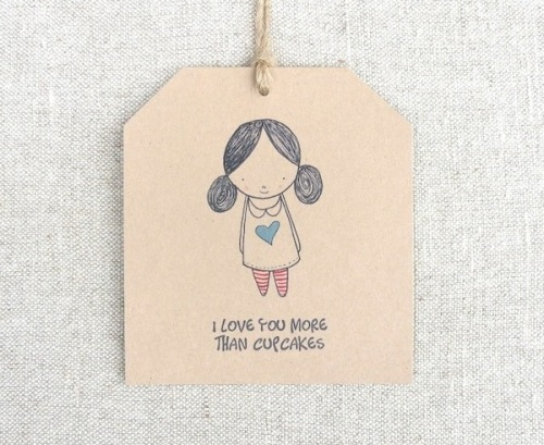 This little gift tag by 'heartmadeblog' is so far beyond cute and it's downloadable too..that means you can take it and keep it and do with it what you will. You can find this tag and a selection of other unique and lovely printable freebies all gathered together at piecesofwonderful.blogspot.com. Why not head on over to get yourself some free wonderfulness from some very talented people.