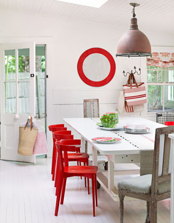A pairing of bright red with shabby chic.