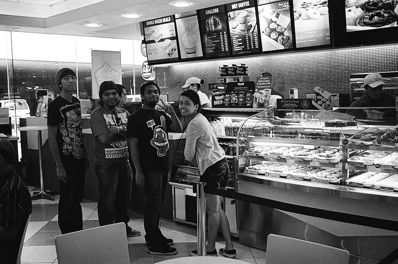 Me with my friends at KK Film: Fujifilm Neopan 400 Camera: Canon EOS 300 -bramasuncion
