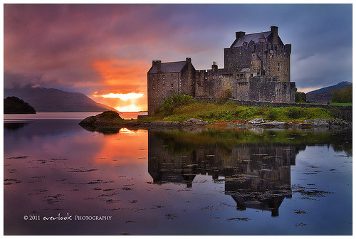 lori-rocks:  Castle Blaze by Dylan Toh