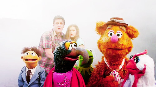 HOLD THE PHONE, THE NEW MUPPET MOVIE!