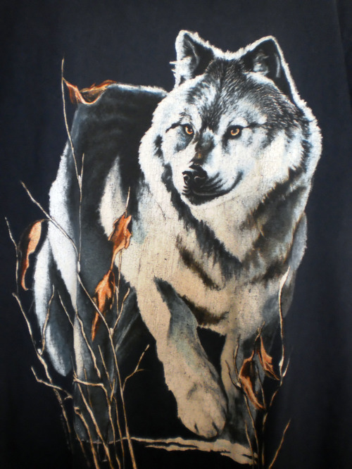 Tee shirt noir bébé loup vintage SOLD OUT Vintage  Bon état. Taille M Buy it Now : 10 Euros (+Shipping). Excellent achat! For more details and photos: blanchemrkt@gmail.com