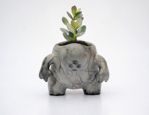 Creature pot from TheRoyalCreature.