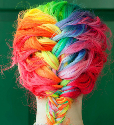 Woooah. I need to enlist JoJo to dye my hair like this and then French braid it.