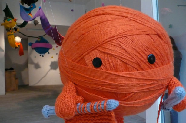 daintyloops:  yarn ball ninja knitter :)