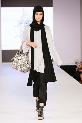roundyrose:  Rabia Z @ Miami international fashion week