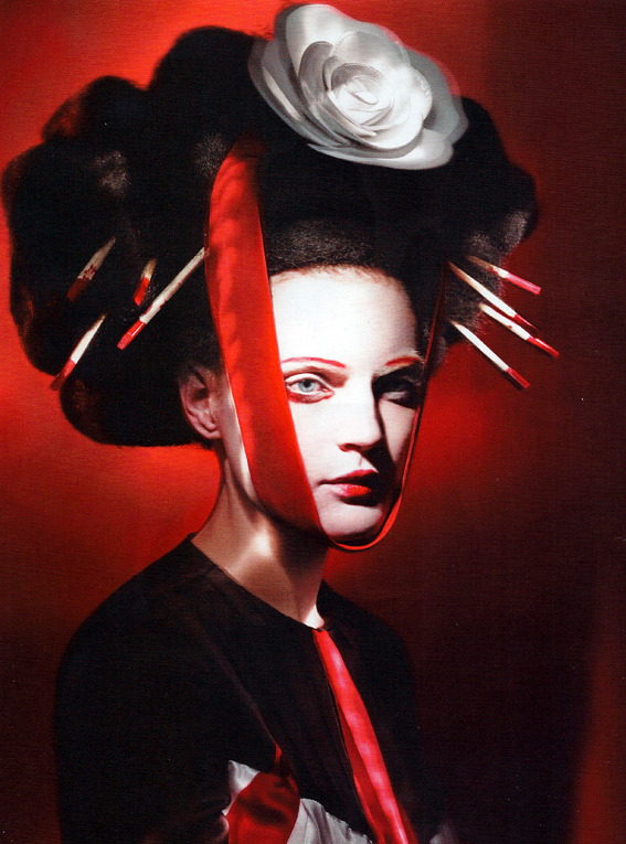 Guinevere Van Seenus photographed by Paolo Roversi - Vogue UK: June 2011 - Neo Geisha