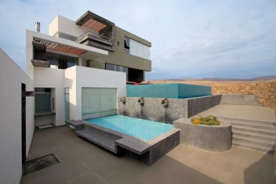 Contemporary Residence in Lima Casa CC by Longhi Architects, beautiful details!