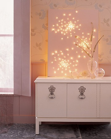 DIY Glittering Lightscape (by apartmenttherapy).