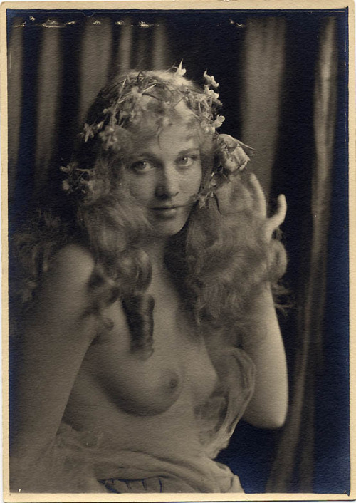 Dolores Costello - c. 1920s Photo by Charles Gates Sheldon
