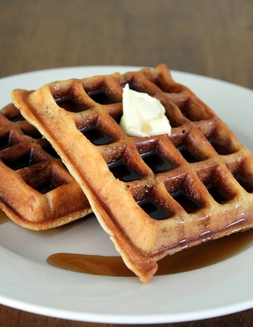 nomnomism:  Insanely Good Waffles