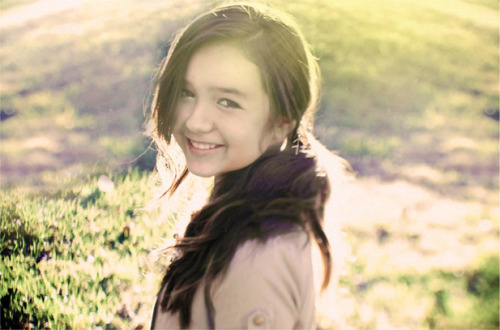 MADDI JANE. Iloveyoulabudakyangcuteandsofuckingtalented. <3
