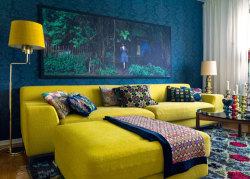 (via desire to inspire - desiretoinspire.net - Reader request - sectional sofas)