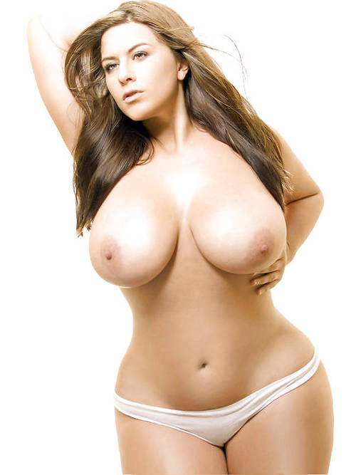 londonsexy:  Whatta BAbe! Cant DReam of a Better woman than HER!
