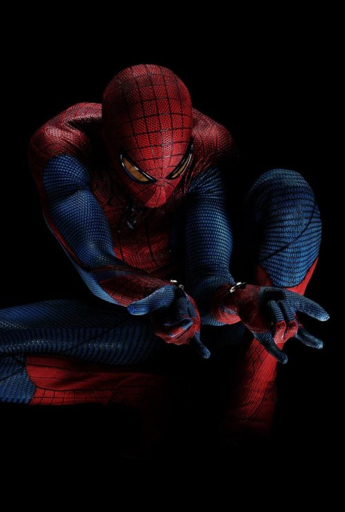 Andrew Garfield in the Amazing Spider-Man costume. Rockin'.
