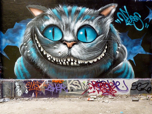 debbimac:  And Cheshire Cat street art!  YES.